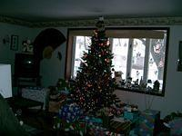 Look at all those gifts. 2004